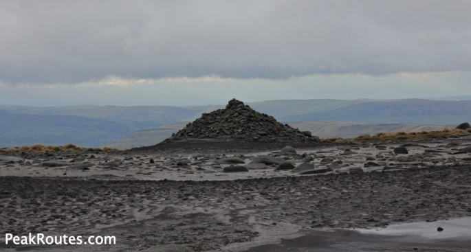 Kinder Scout - Kinder Low Cairn